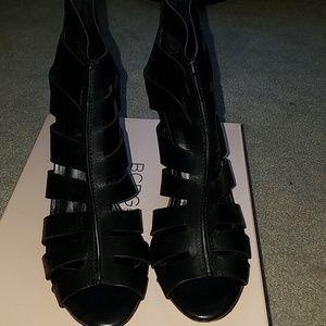 BCBG..black leather sandals